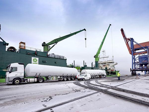 "Nauticor`s LNG bunker operation for the ""Scheldt River"